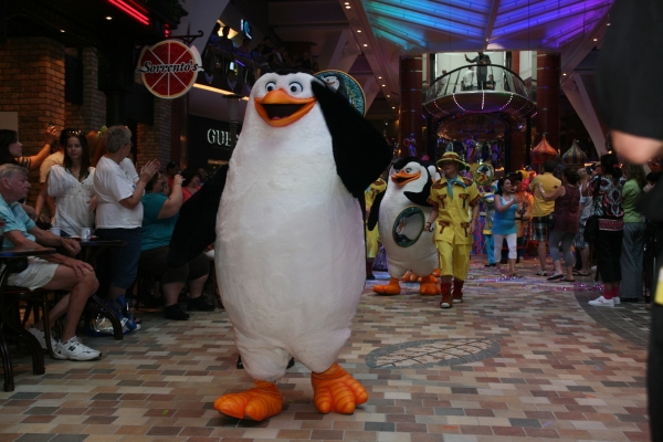 Dreamworks Character parade on the Allure of the Seas